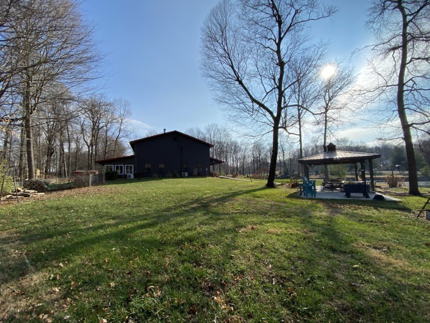 748 S Barn Lane 6.89 acres