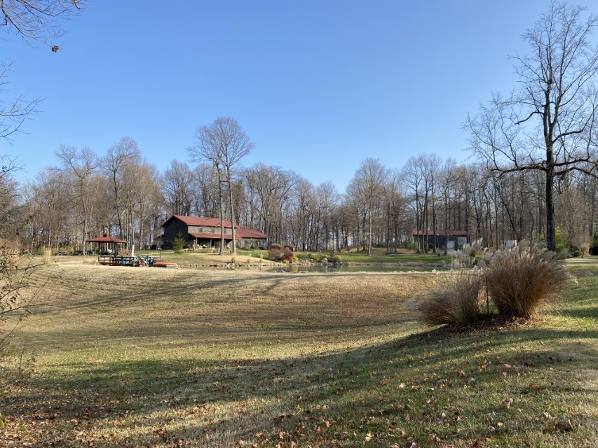 748 S Barn - 6.89 acre property