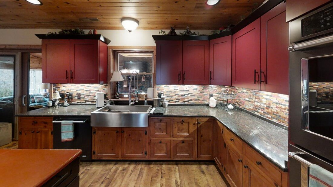 748-Barn-Ln-Kitchen(1)