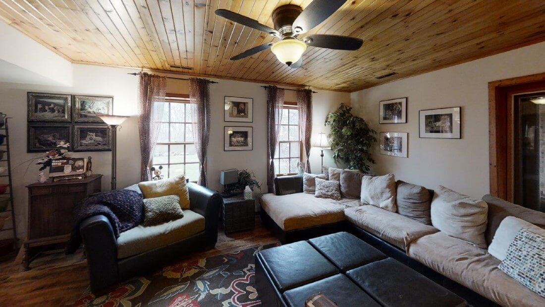 748-Barn-Ln-Living-Room